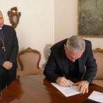 5. Firma del decreto (4)