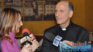 Pastorale Digitale Vescovo ad Atina