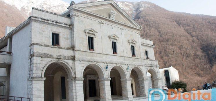 Via Crucis ore 15.00 guidate dal Rettore della Basilica