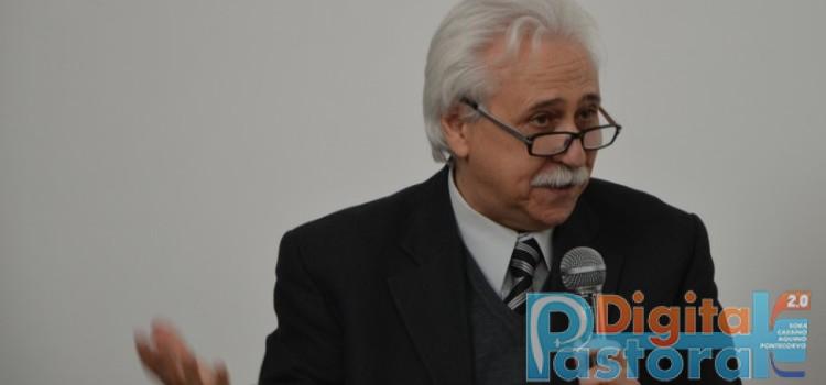 Prof. Filippo Carcione Direttore dell'Istituto Teologico Leoniano di Anangi