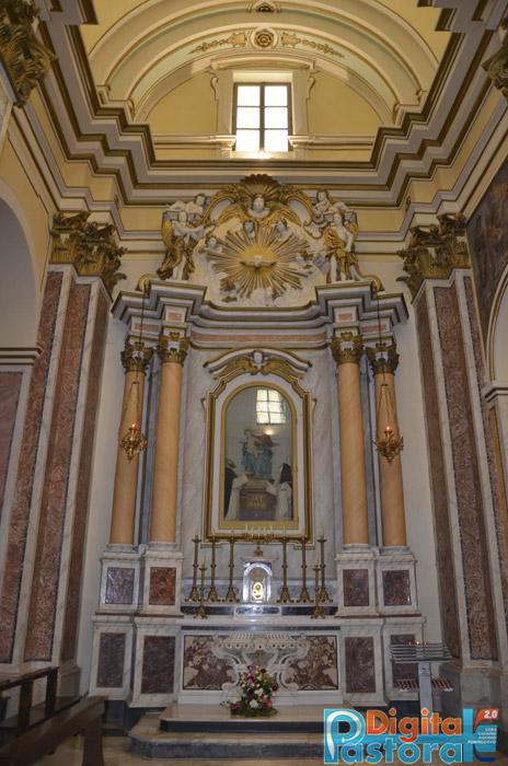 altare_laterale