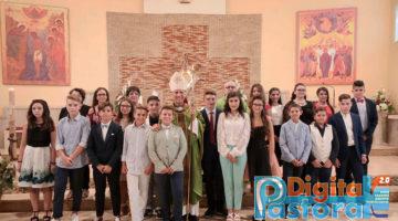 Cresime a S. Maria della Valle (30)